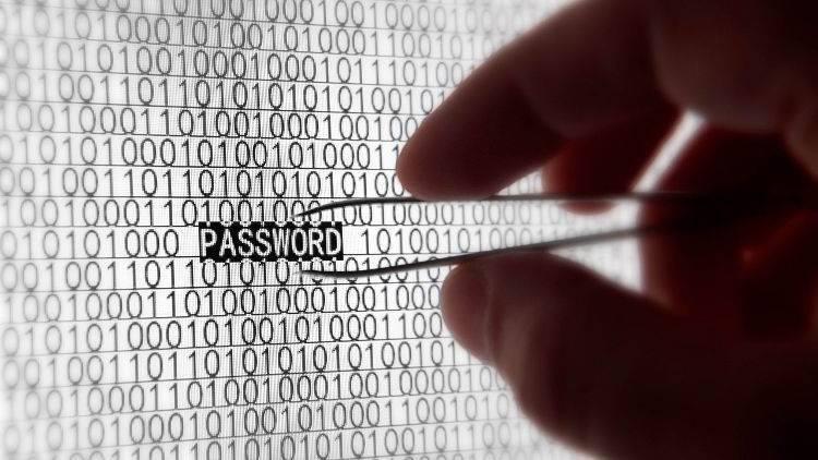 Script bash per generare password da dizionario per un di elenco utenti